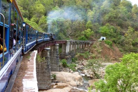 Nilgiri_Mountain_Railway_on_Bridge