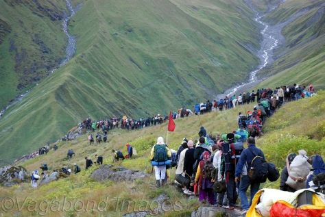 Pilgrims queued up to go to Homkund to send off Nanda Devi towards Kailash