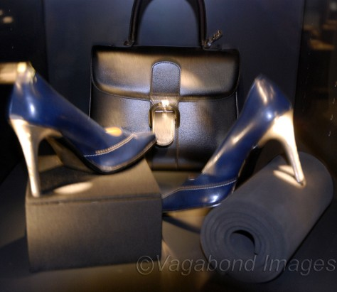 Diamonds in footwear! Made in Gold, silver, diamond (brilliant) and leather, these shoes won HRD award in 2003